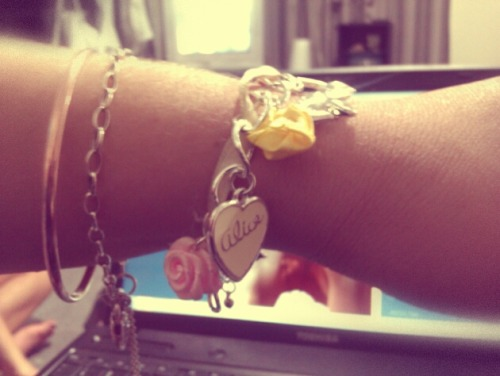 Bought a cute Alice in Wonderland charm bracelet today <3