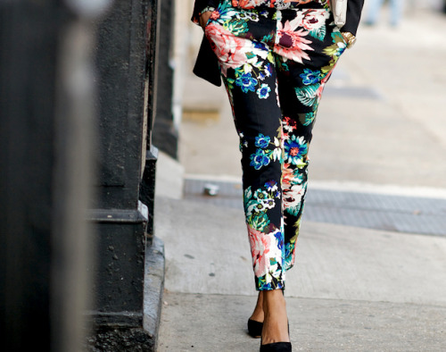 I think I actually like the floral pants trend for this spring… only in black though!