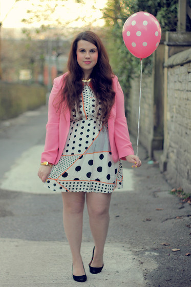 lookbookchubspo:  BIRTHDAY (by Victoria India)