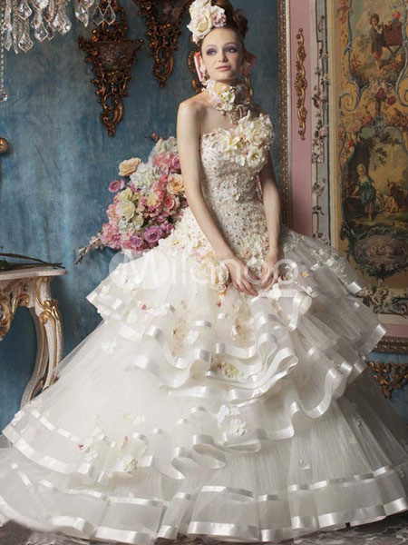 Rococo gown wedding dress :  flower wedding dress strapless white