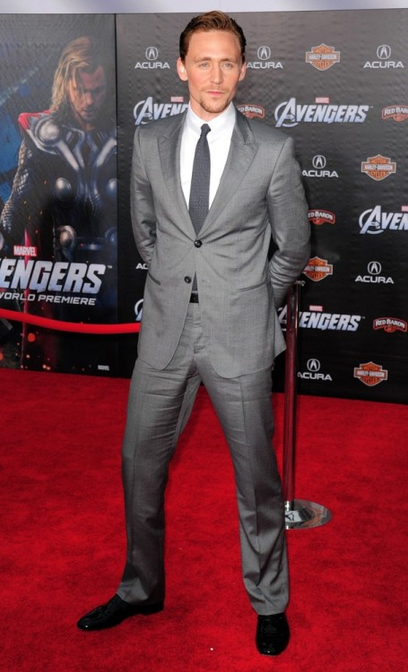 Tom Hiddleston at last night's premiere for The Avengers at El Capitan Theater, Los Angeles.
