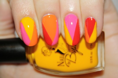 Summ Sorbet nail art by Polish You Pretty! Click the photo to read the full tutorial!