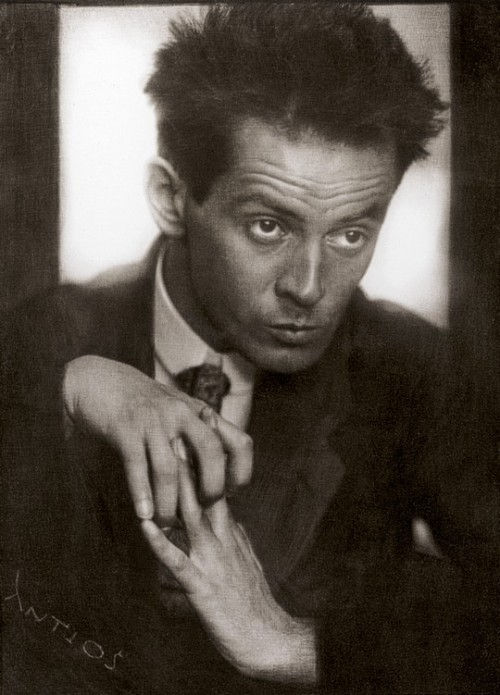 1bohemian:  Egon Schiele, 1914Anton Josef Trcka  Egon Schiele (help·info) (German pronunciation: [ˈʃiːlə], approximately SHEE-leh; June 12, 1890 – October 31, 1918) was an Austrian painter. A protégé of Gustav Klimt, Schiele was a major figurative painter of the early 20th century. His work is noted for its intensity, and the many self-portraits the artist produced. The twisted body shapes and the expressive line that characterize Schiele's paintings and drawings mark the artist as an early exponent of Expressionism.