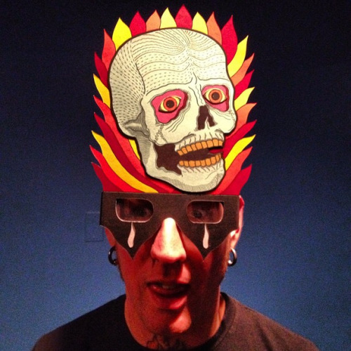 fuckyeahmastodon:  Brann's sweet new mask…or something.