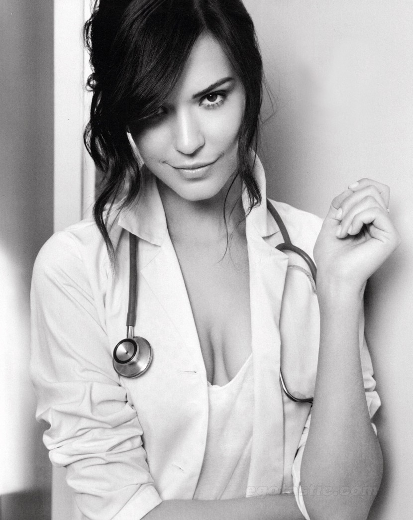 Odette Annable via localdistribution.com.au