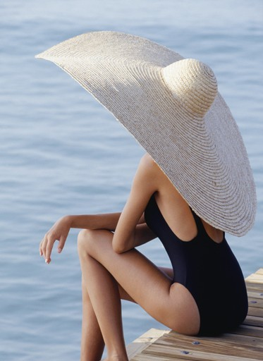 sunsetdreamer2:  Hats On on Lina Widiasana