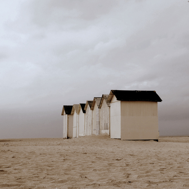 acoastalpointofview:  empty beach houses