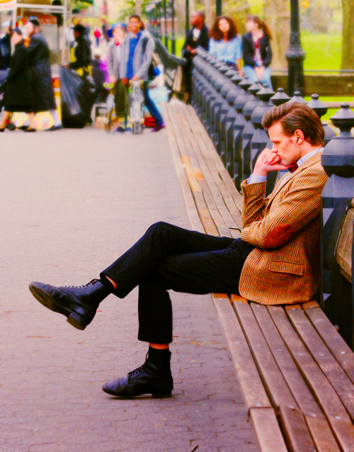 doctorwho:  The Thinker. Matt dressed as The Doctor in Central Park.