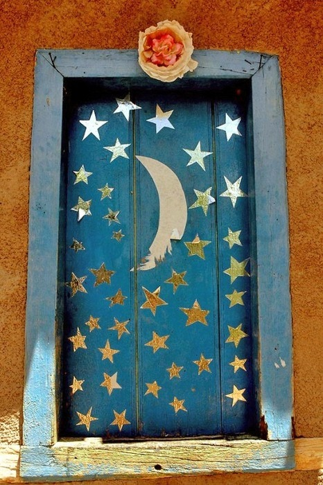 befairbefunky:  Moon Door