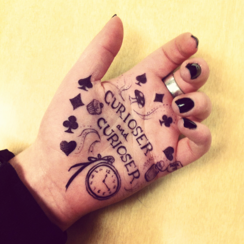 Hand doodles: Alice in Wonderland edition