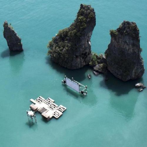 A movie theater on the sea..  (via Hanna Chang's Decalz | Lockerz)