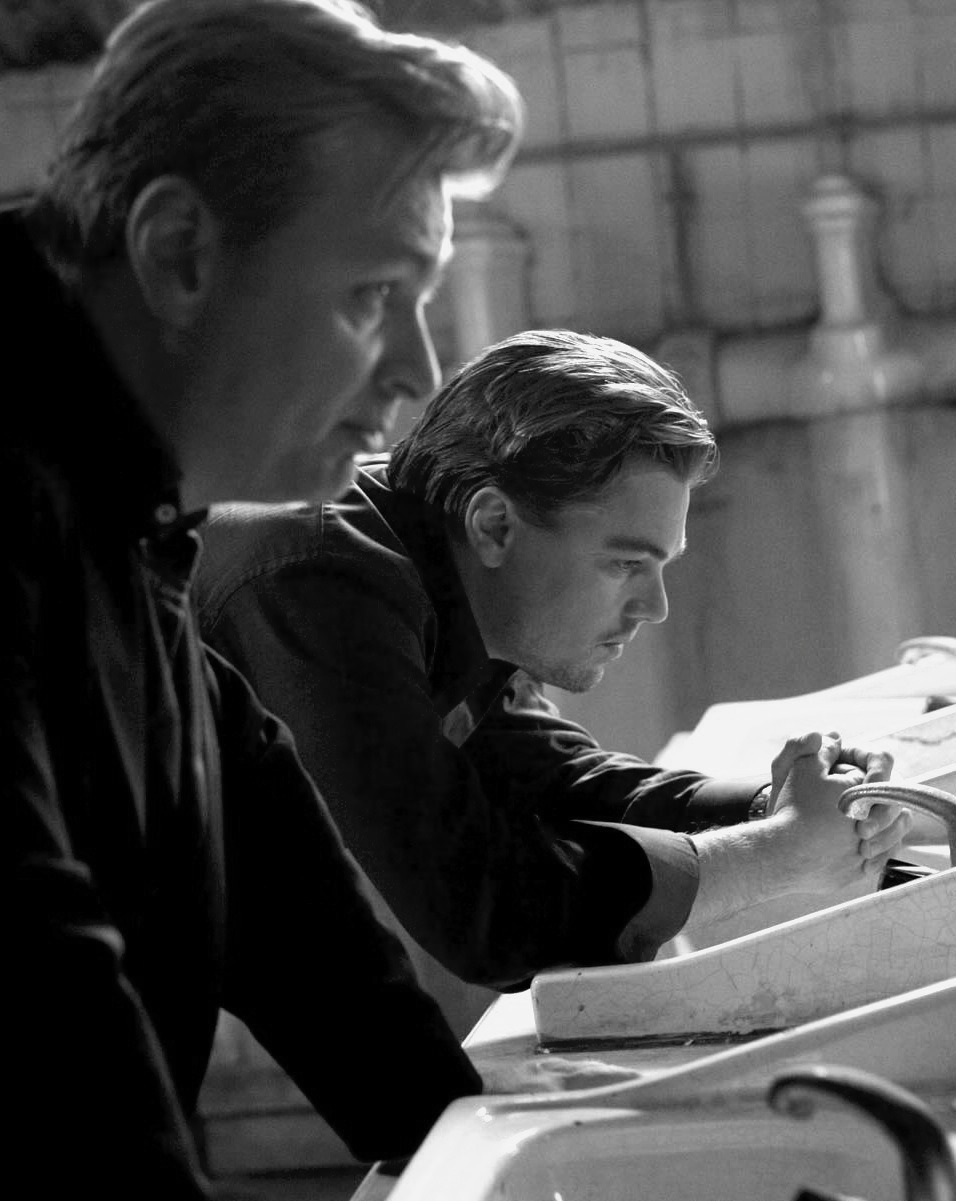 Christopher Nolan and Leonardo DiCaprio filming Inception (2010)