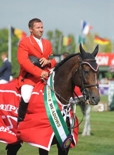equi-lane:  Show jumping superstar Hickstead  Sigh.. :'(