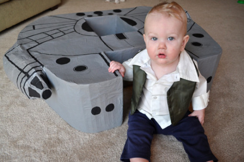 (via A Cardboard Box Millenium Falcon The Karpiuks | Apartment Therapy)