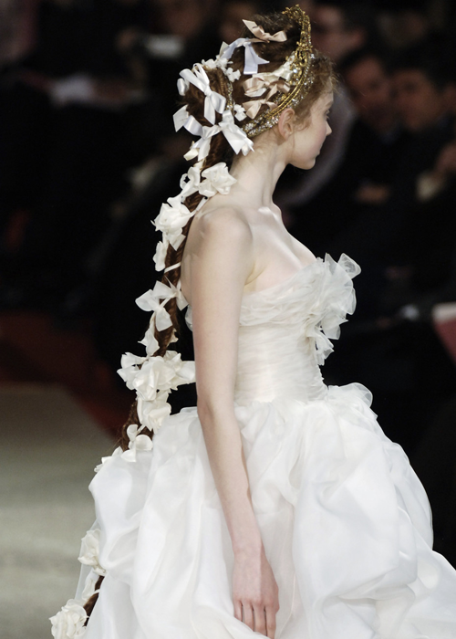 chiffonandribbons:  Lily Cole, Christian Lacroix Couture S/S 2006  For such fashion pics: http://redbowinspirations.tumblr.com/