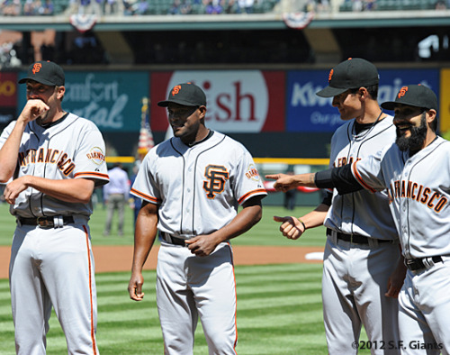 meetat3rdandking:  Santiago Casilla wore the wrong road jersey. (x)  Omg.