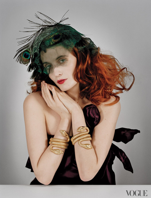 suicideblonde:  Florence Welch photographed by Tim Walker