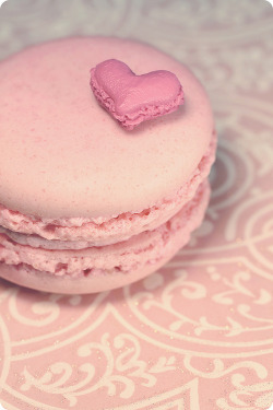 natsukigirl:  had some more fun with macarons