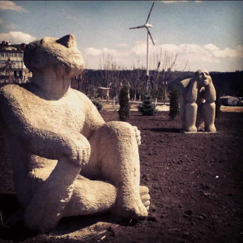 #igmoldova #monuments #chisinau #moldova #thinker (Taken with instagram)