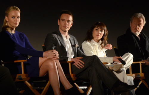 MICHAEL FASSBENDER, NOOMI RAPACE, CHARLIZE THERON AND RIDLEY SCOTT DURING THE PROMETHEUS Q&A IN PARIS  I like how they're all looking in the same direction. Cool pic.