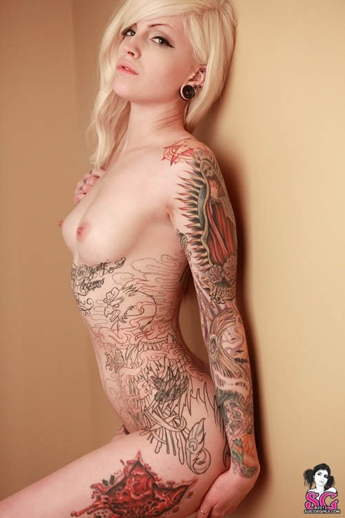 fuckyeah-suicide-girls:  Patton Suicide Click here for more Suicide Girls