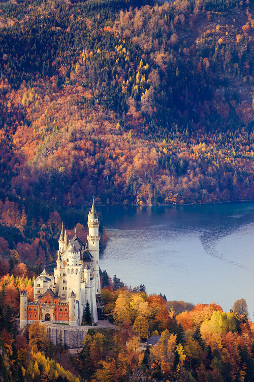Neuschwanstein Castle, Allgau, Bavaria, Germany by Floydian  Been here, but would love to go back!