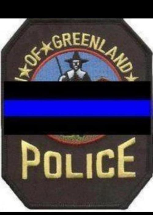RIP CHIEF MICHAEL MALONEY OF THE GREENLAND, NEW HAMPSHIRE POLICE DEPARTMENT. HE WAS SHOT AND KILLED WELL SERVING A SEARCH WARRANT. HE WAS A 26 YEAR VETERN OF THE POLICE DEPARTMENT.