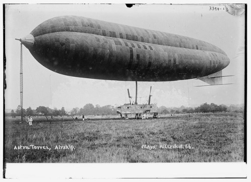 Astra Torres, airship (LOC) by The Library of Congress on Flickr.