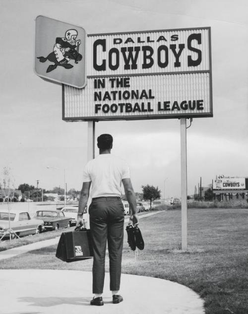 Dallas Cowboys logo back in the day