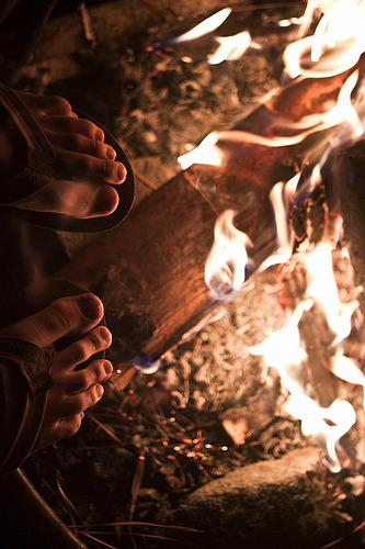 thebushcraftcompany:  Fire Feet. (by BradleyJace)