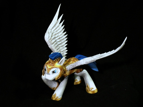 Celestia's Royal Pegasus Guard - Final single shot by ~frozenpyro71 This is not a painting. That is a statue! WOW! Have you entered to win one of two custom pony commissions? Enter now and help a cat!