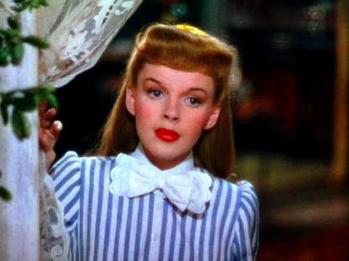 "Judy Garland in ""Meet Me in St. Louis"" (1944)"