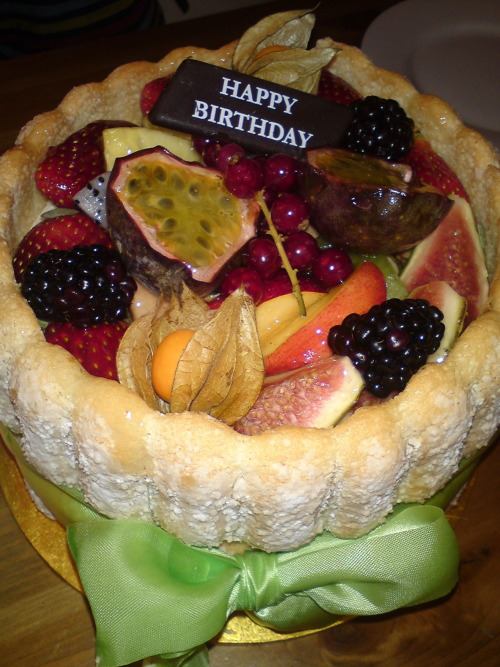 Birthday cake from Patisserie Valerie~(^_^)