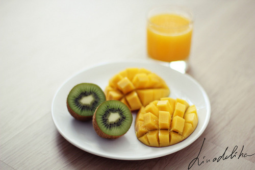Kiwi and mango by linadelika
