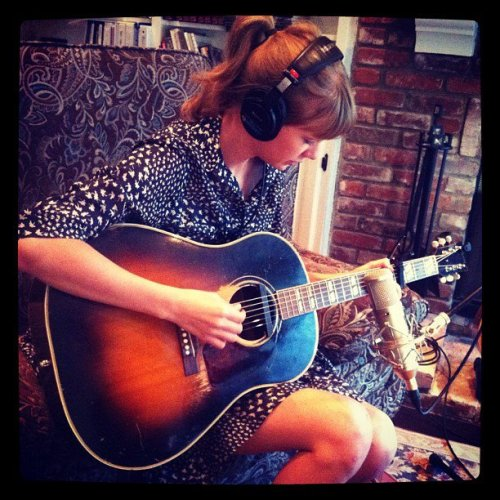 Aw, Taylor Swift is working hard on her new album.