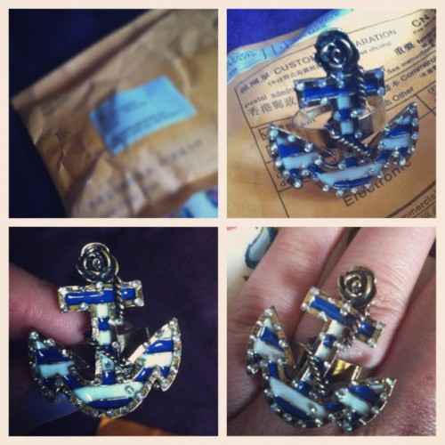 new anchor ring 😍 #picstitch #anchor #ring #nautical #love #jewelry #ebay #package #mail #envelope #stripes #pattern #flower #rotd #rope #pretty #cute #onlineshopping (Taken with instagram)