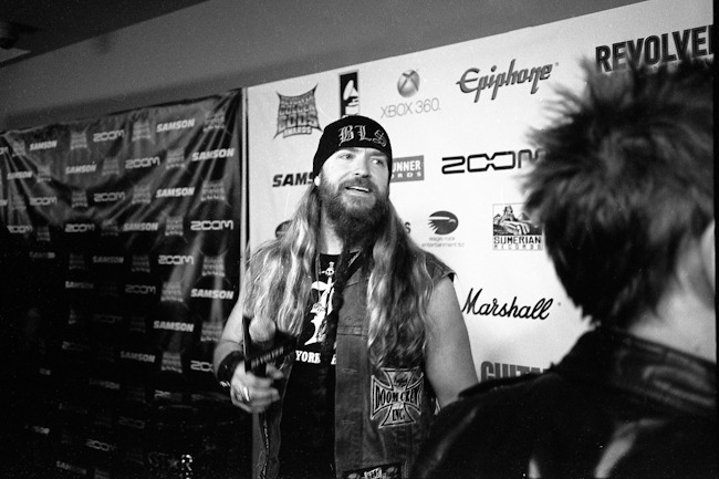 Drive by candid, Golden God Bezerker, @ZakkWyldeBLS -Los Angeles, CA