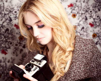 beautylish:  Whatever your camera may be - check out our tips for framing the perfect beauty shot!   gwapa:)))