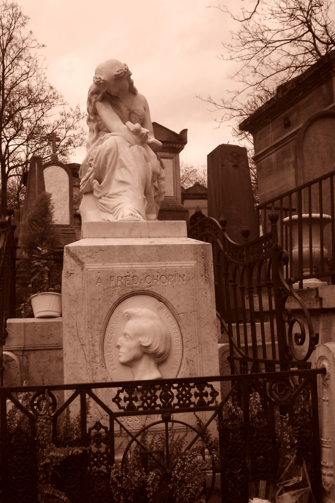 Chopin's cemetery at Pere Lachaise, paris.