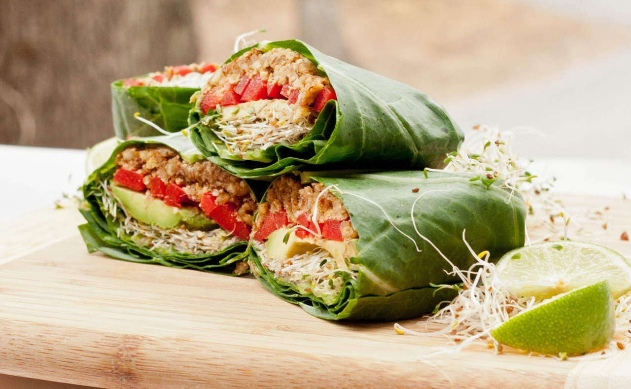 gastrogirl:  raw vegan collard wraps.