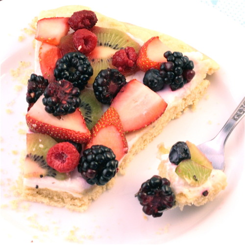vegan fruit pizza.