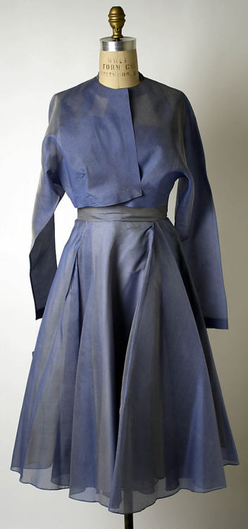 Dress Valentina, 1950 The Metropolitan Museum of Art