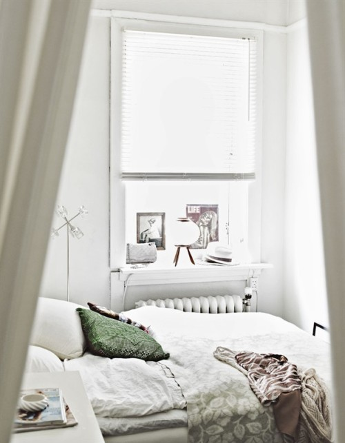 Source: My Scandinavian Home Great place to have a lazy Sunday.