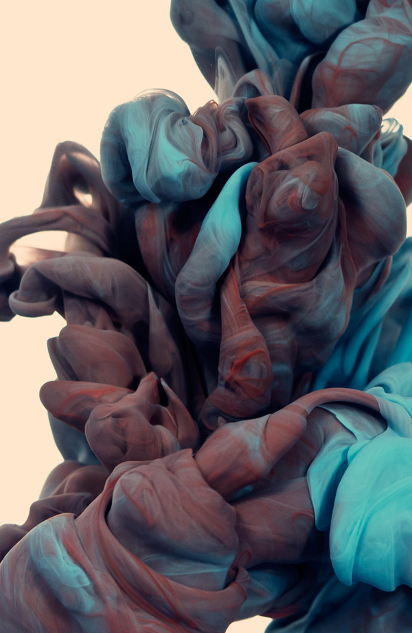 dvdp:  Underwater Ink Photographs by Alberto Sevesoevokes pleasant memories of plasticine