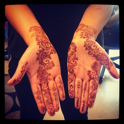 Sania's henna tatt (Taken with instagram)