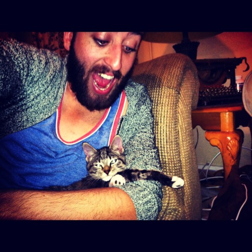 boyswithbeardswithcats:  taken seconds before his face was mauled.
