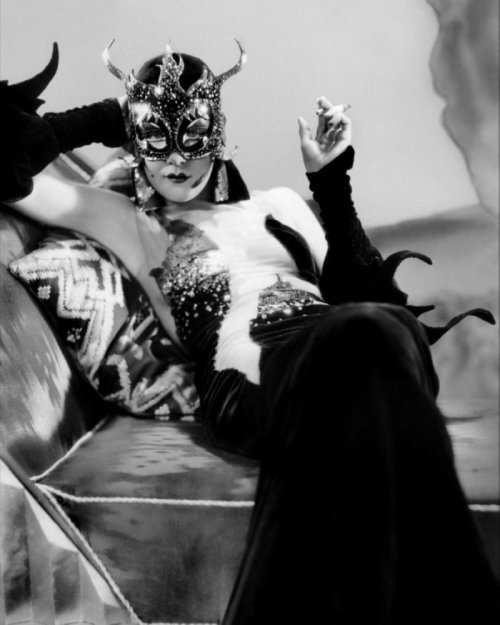 missfolly:  A Movie Moment: Kay Johnson as 'Madam Satan' (1930) Not the best of Cecil B. DeMille's movies, but very well worth watching the second half of the movie. Guaranteed : ) Miss Folly