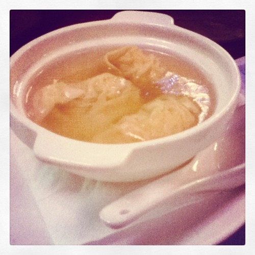 #wonton #soup #dimsum #culinary #cloverpalace #iphonesia  (Taken with instagram)
