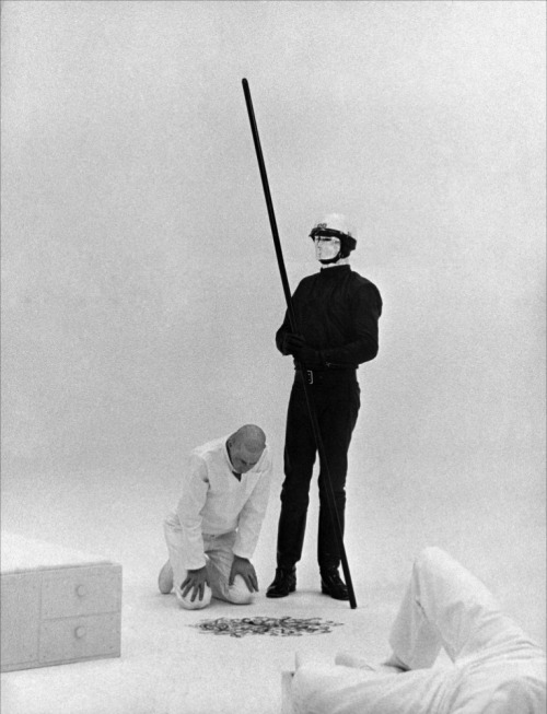 monsterman:    THX 1138 (1971) Goodnight World … Stay Strange!!!