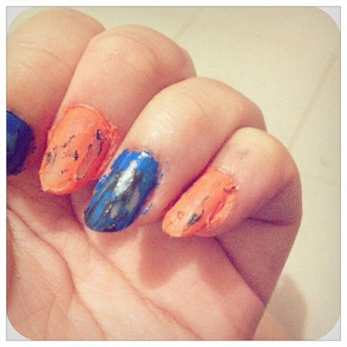 #nailart #nailpolish #nail #girls #fashionable #instafashion #abstract #instagood #instagram #iphonesia  (Taken with instagram)